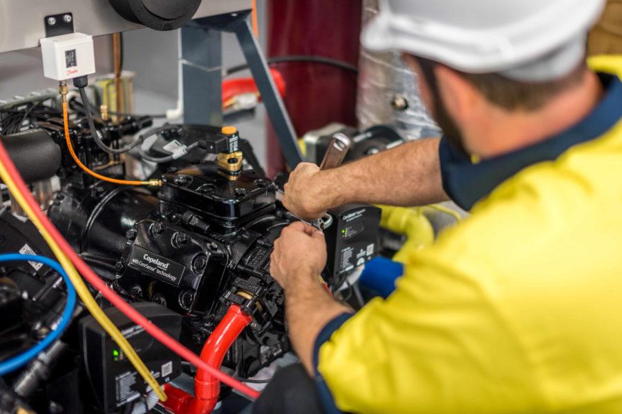 Refrigeration Apprenticeship 900x600 1